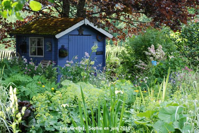 La caane bleue for Au jardin de la nymphe bleue