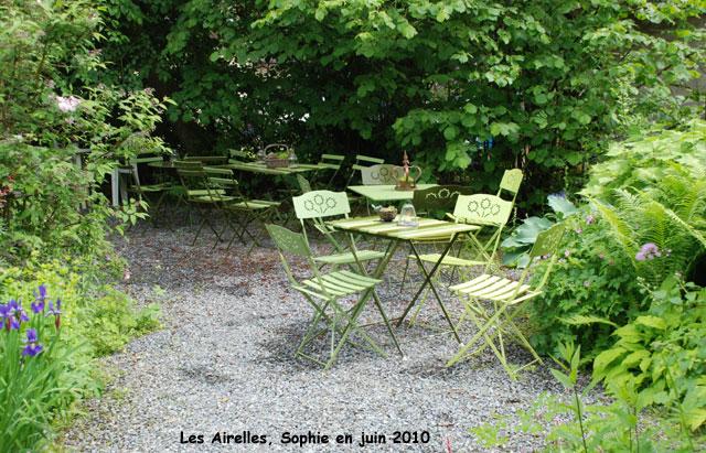 Le coin des invit s for Terrasse bois gravier blanc