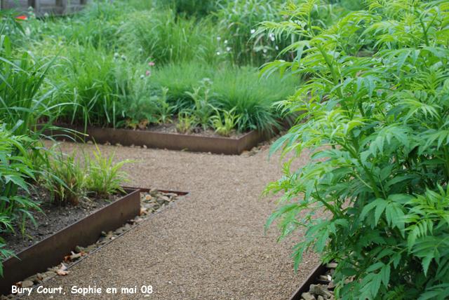Bury court les lots for Le jardin japonais sophie walker