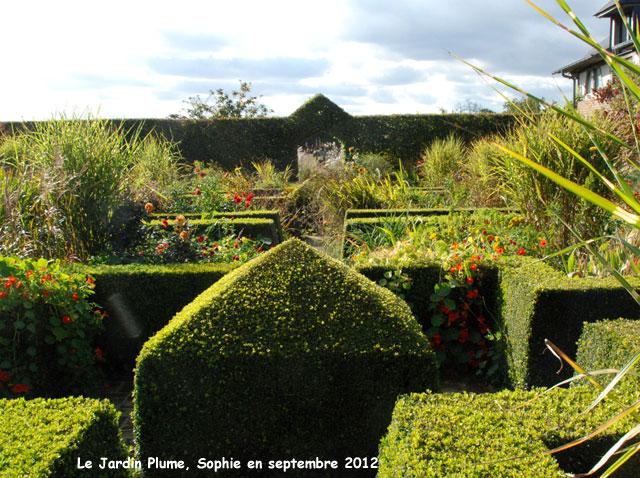 Le jardin plume jardin d 39 t for Le jardin japonais sophie walker