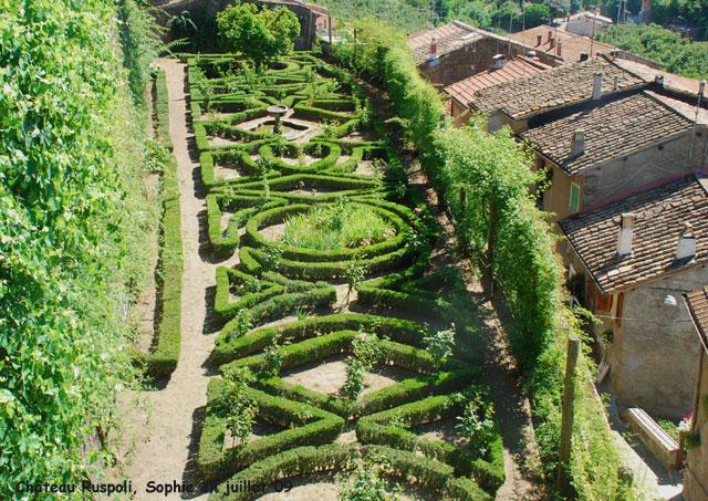 Le ch teau ruspoli le jardin secret for Jardin secret des hansen