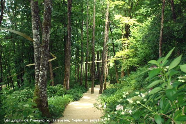Terrasson le bois sacr - Mobilier jardin but aulnay sous bois ...