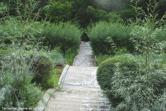 Terrasson les jets d 39 eau - Les jardins de l imaginaire a terrasson ...